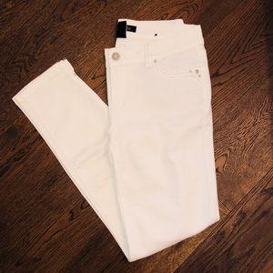 White House Black Marker Jeans